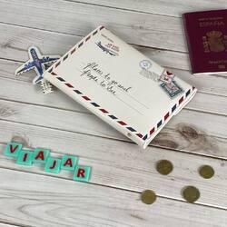 ¿Cuál es tu destino soñado? . Si para ir a tu destino soñado tienes que coger un avión  esta billetera de viaje te vendrá a las mil maravillas. . . Nosotras la recomendamos muchísimo para regalo. Es un regalo caprichoso y muy útil. . #billeteradeviaje #accesoriodeviaje #regaloparaviajeras #avión #carterasyaccesorios #carterasymochilas #carterademujer #carterasoriginales #carteramujer #carterasybolsos👜 #billeterasmujer #billeterasdemujer #billeterasdemoda #billeteraspequeñas #billeterasgrandes #billeterasjuveniles #billeterasoriginales #monederosbonitos #monederosvintage #monederosmolones #monederosoriginales #monederosdemoda